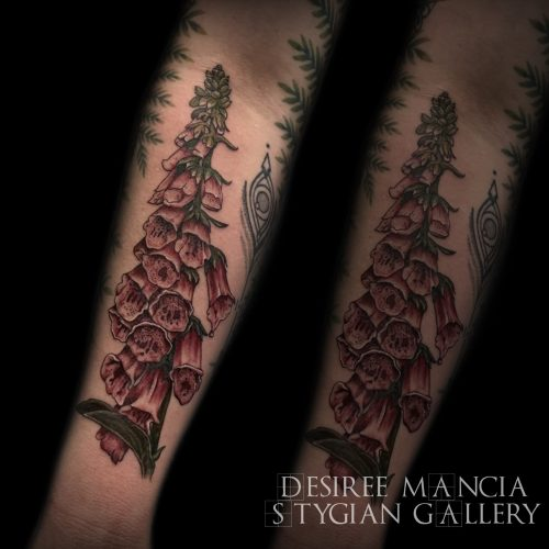 foxgloves-flower-color-tattoo-desireemancia